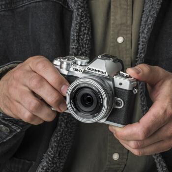 OLYMPUS 奥林巴斯 E-M10 MarkIII 微单相机 双镜头套机(14-42mm+40-150mm) 图5
