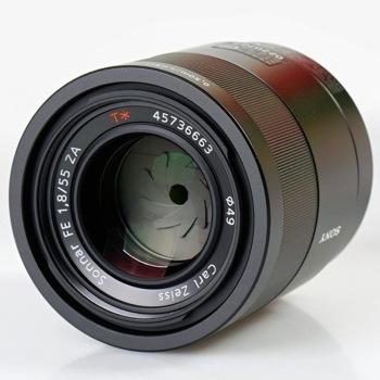 SONY 索尼 Sonnar T* FE 55mm F1.8 ZA 标准定焦镜头 索尼FE卡口 49mm 图3