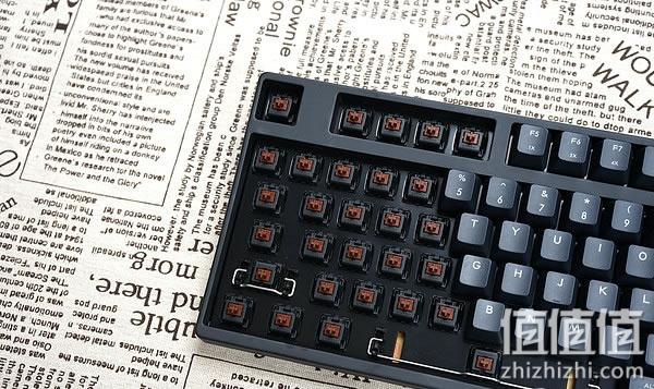 酷冷至尊烈焰枪87 V2机械键盘开箱