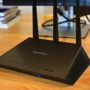 NETGEAR 美国网件 R6900 评测