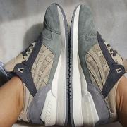 ASICS 亚瑟士 GEL-Respector 情侣复古跑鞋上脚