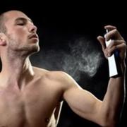 撩妹必备:7款好闻的男士香水推荐