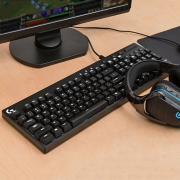 Logitech 罗技 G610 Cherry轴游戏机械键盘开箱