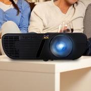 ViewSonic 优派 PJD7720HD 家用投影仪晒物及使用体验