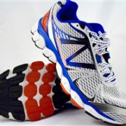 New balance 新百伦 880v4 男款次顶级缓震跑鞋