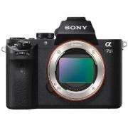 索尼(SONY) ILCE-7M2  全画幅无反相机 五轴防抖¥7199