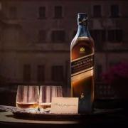 JOHNNIE WALKER 尊尼获加 黑牌醇黑进口 苏格兰麦芽威士忌 700ml