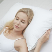 FOSSFLAKES 丹麦进口 优质系列 可水洗中高枕头¥319