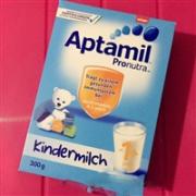Aptamil爱他美 幼儿配方奶粉1+ 300g*8盒便携装