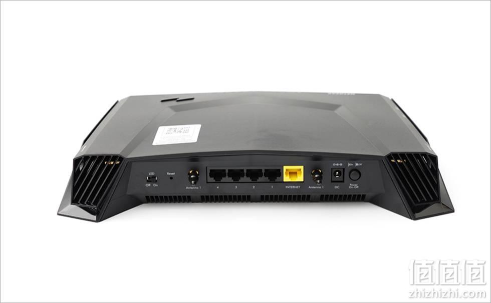 NETGEAR 美国网件 XR500 竞技路由器开箱