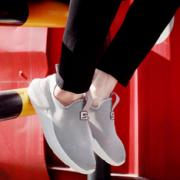 赠送运费险!孔艺 男士运动网鞋*2件   39.8元包邮¥39.80 0.7折