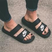 Nike中国官网现有超轻舒适时尚凉拖鞋热卖