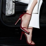 STUART WEITZMAN美国官网,精选女鞋降至4折