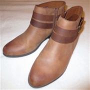 Clarks其乐 addiy cora 女士短靴