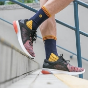 ASICS 亚瑟士 GEL-KENUN KNIT 跑步鞋上脚体验