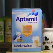 Aptamil爱他美婴幼儿奶粉 1+ 600g*5盒特价€47.12,到手低至110元/盒