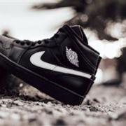 Air Jordan 1 Mid大童运动童鞋