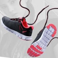 特步(XTEP)女子秋冬跑步鞋