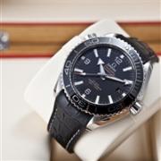 OMEGA 欧米茄 海马系列 Planet Ocean 男士机械腕表