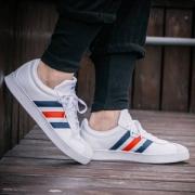 adidas 阿迪达斯 VL Court 2.0 男子板鞋DA9884