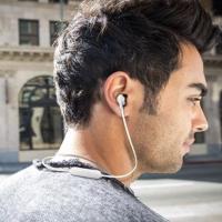 JBL TUNE205BT 半入耳式蓝牙耳机 带麦克风 两色