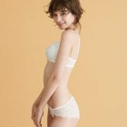 PEACH JOHN 蜜桃派 中国限定 瑰丽蕾丝3/4罩杯文胸套装