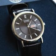 西铁城(CITIZEN)   Black Dial BM8240-03E 男款光动能腕表