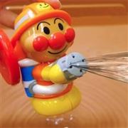 Anpanman 面包超人 消防员喷水射水洗澡玩具 手摇水枪
