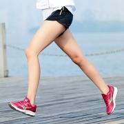 跑步鞋哪款好_5款优质跑步鞋推荐