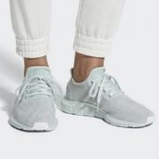 adidas 阿迪达斯 Swift Run B37720 女士运动鞋