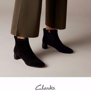 Clarks 其乐 Grace Bella 26134885 女款羊皮粗跟短靴