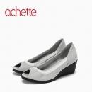 achette雅氏4J72 春夏浅口鱼嘴白色拼色单鞋乳胶底坡跟女鞋702.4元