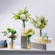 BOMAROLAN 堡玛罗兰 渐变浮雕玻璃花瓶 6.3*13cm  6.8元包邮(需用券)