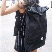 Adidas阿迪达斯 3D ROLL TOP 三宅一生联名款菱形格子双肩包5折£24.98,约220元