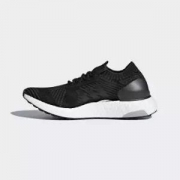 adidas阿迪达斯UltraBOOSTXBB6162女子跑步鞋+凑单品406.8元包邮(用券,鞋合350元)