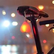 FLYVII 自行车心跳警示尾灯 多色可选