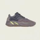 adidas 阿迪达斯 YEEZY BOOST 700 EE9614 男女经典鞋2599元包邮(需预约)