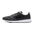 New Balance 男鞋 复古跑鞋 MS215RR157元