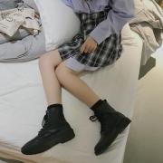 ¥29.9 马丁靴女英伦风短靴女¥30