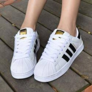 adidas Originals SUPERSTAR 男女款金标贝壳头休闲鞋349元包邮(需用券)