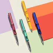 博采 正姿书写钢笔 随机色1支 送墨囊6支 2.9元包邮(需用券)¥3