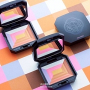 Shiseido 资生堂 七色蜜粉
