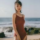 61预售:OMOM KB29032 女士连体泳衣 *2件 118元(合59元/件)¥118