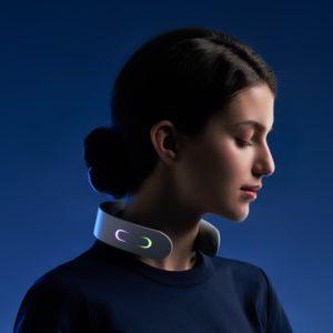 4.9分,一刻钟拯救颈椎,语音控制:网易严选 家用智能颈椎按摩器