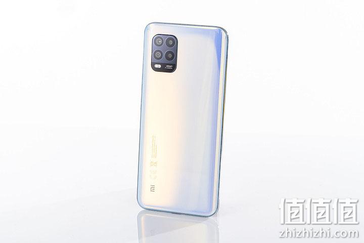 小米10青春版5G手机背面