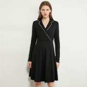AMII 120203280100 女士极简通勤收腰西装连衣裙