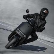 Ninebot 纳恩博 E200P ONE 电动摩托车 时速100km/h17899元