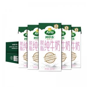 88VIP:Arla 爱氏晨曦 脱脂纯牛奶 200ml*24盒*2件