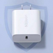 UGREEN 绿联 iPhone PD 20W 充电器