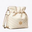 Tory Burch Kira mini款 女士小水桶包$239.00(折¥1625.20) 5.6折